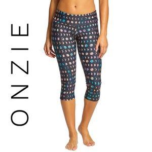 Onzie Flow Hot Yoga Capris
